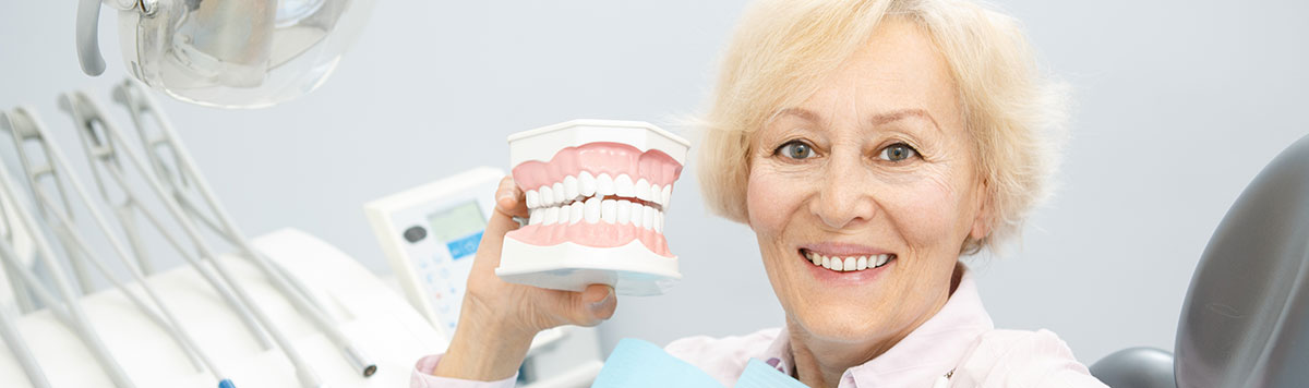 Full & partial dentures near Alliston, ON - Dr. Oksana Vozna