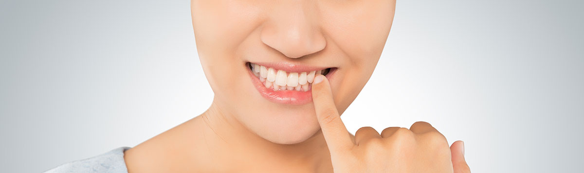 Gum disease treatment near Alliston, ON - Dr. Oksana Vozna